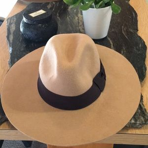 H&M premium 💯 % wool floppy hat